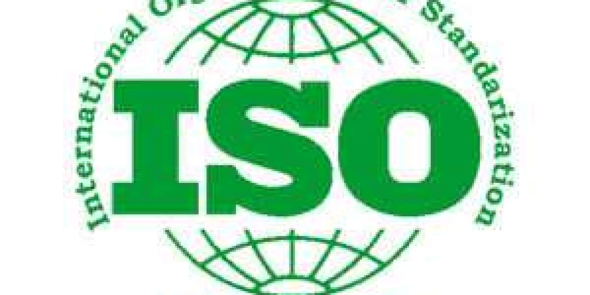 What is the evaluation of compliance and how to do it according to ISO 14001 in Saudi Arabia?