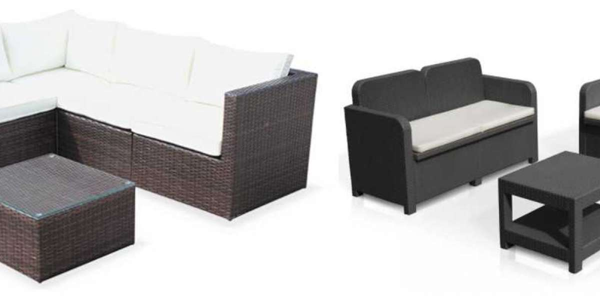 How to Choose the Right Material for Outdoor Furniture